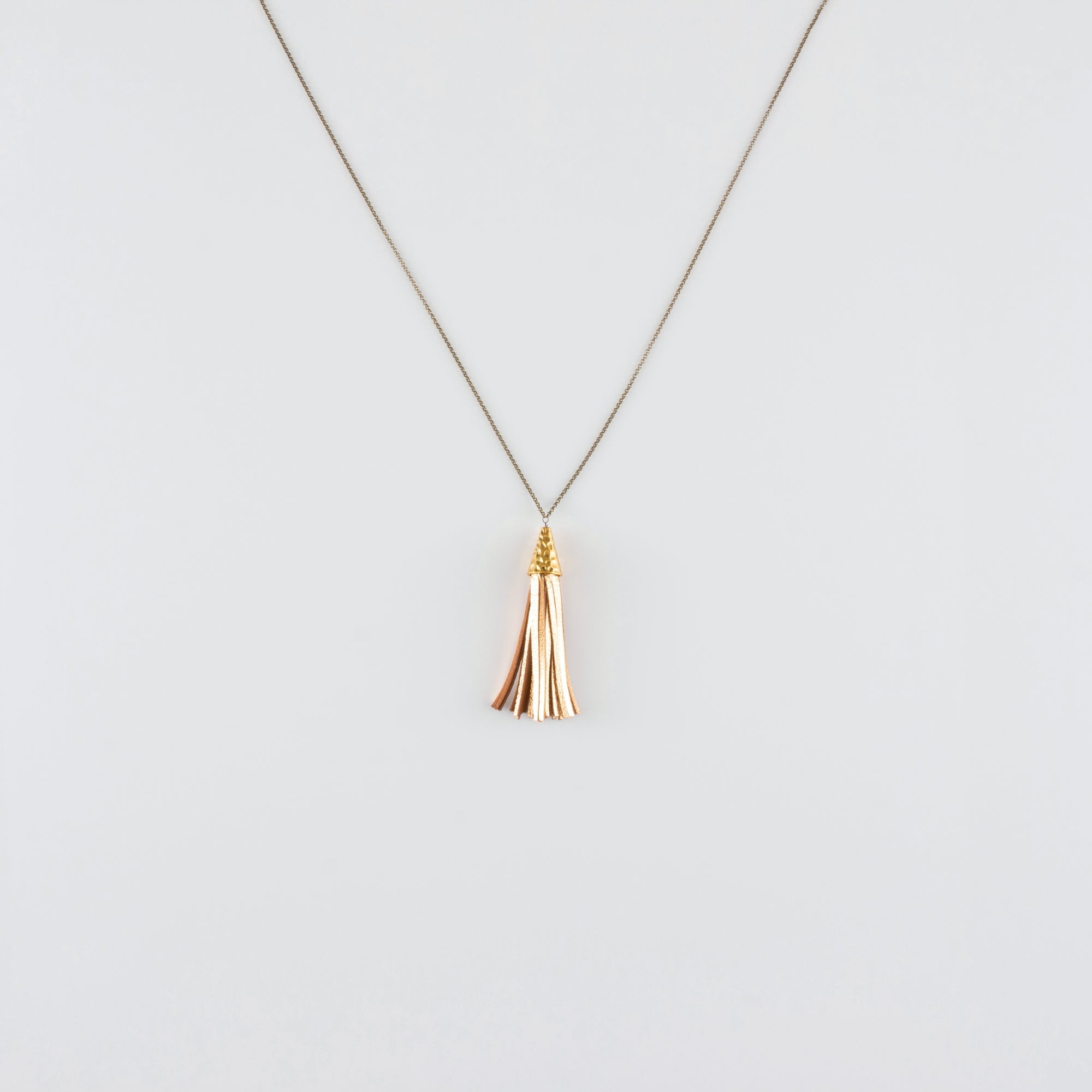 LEATHER TASSEL NECKLACE// GOLDEN