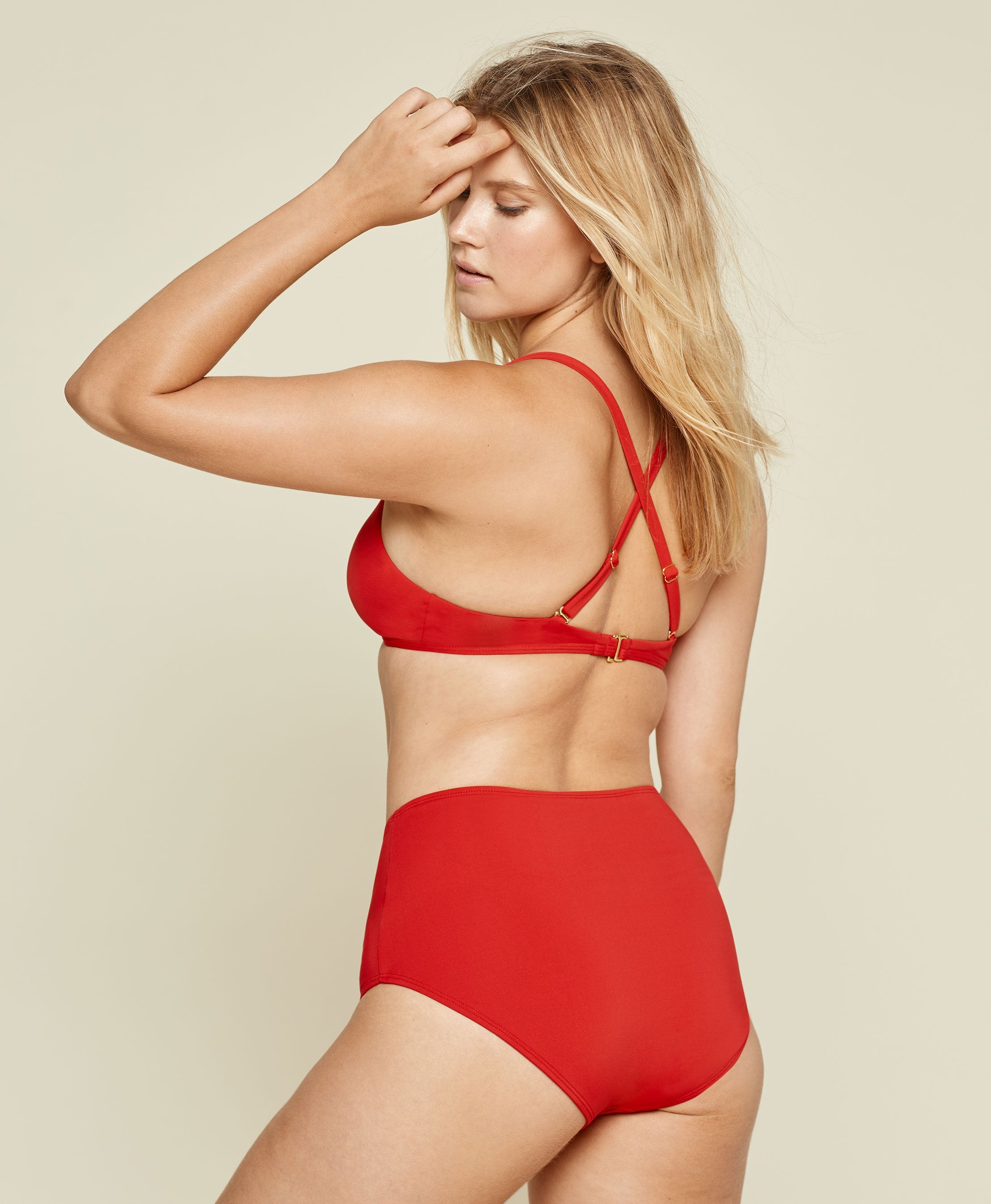 The High - Waisted Bottom - Flat - Cherry Red