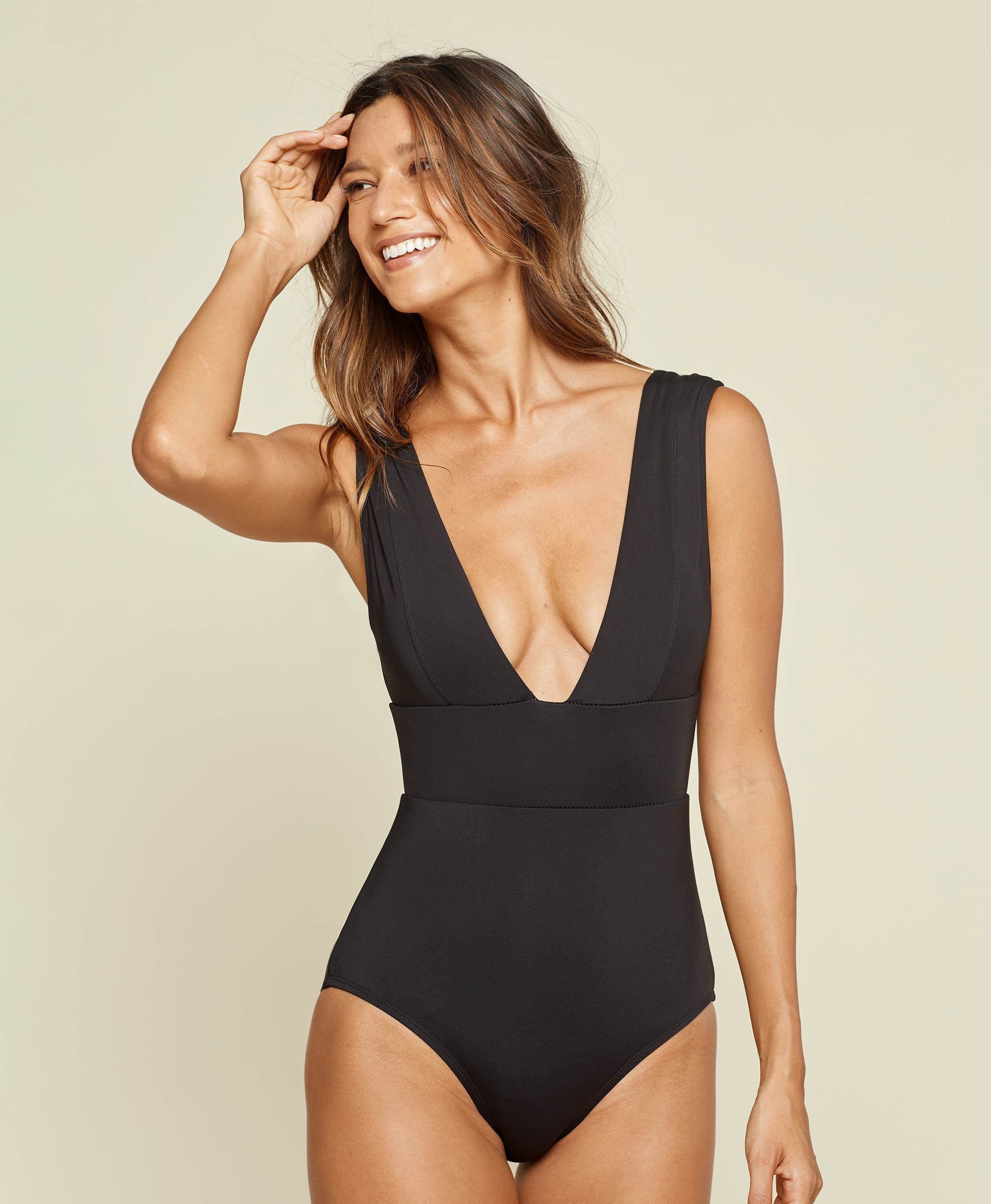 The Mykonos - Flat - Black - Long Torso
