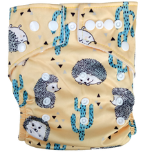 Load image into Gallery viewer, Hippybottomus - Stay Dry Bamboo Cloth Nappy - Hedgehog