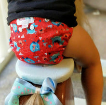 Load image into Gallery viewer, LIMITED EDITION Bubblebubs Candie Minky Cloth Nappy Set Poppa (Dragon)