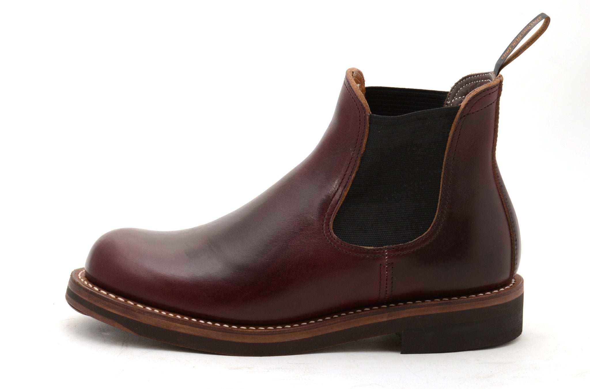 STAN Side-Gore Boot in Oil Burgundy