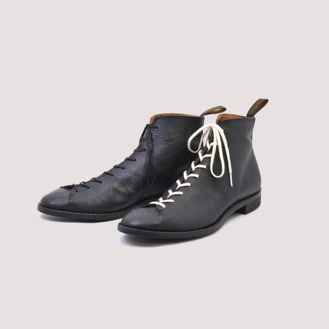 COLOBUS Monkey Boot in Shrink Black