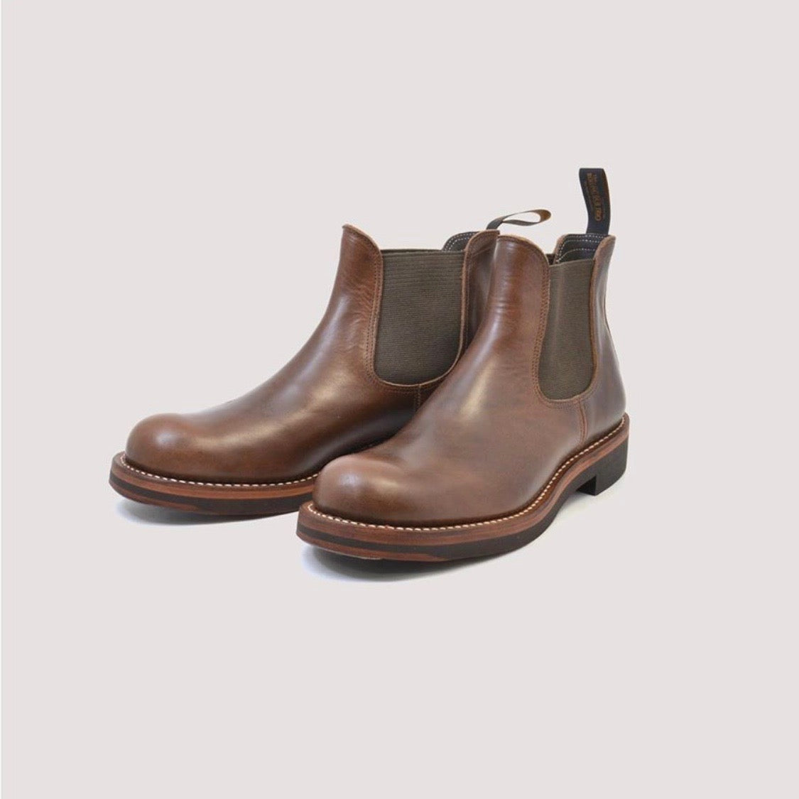 STAN Side-Gore Boot in Oil Brown