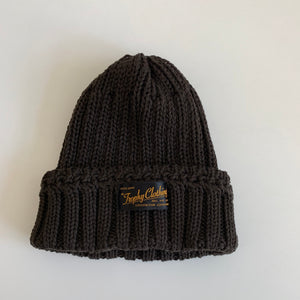 Low Gauge Knit Cap in Brown