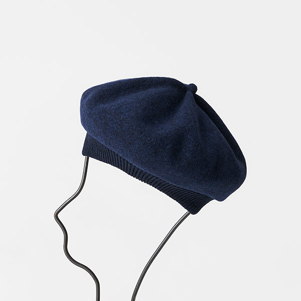 Beret Top Gather Rib Lamb in Navy