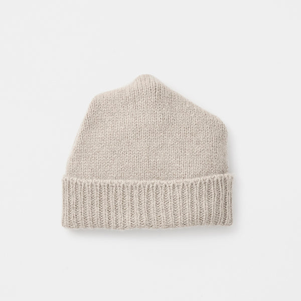 Cashmere Pleats Knit Cap in Light Greige