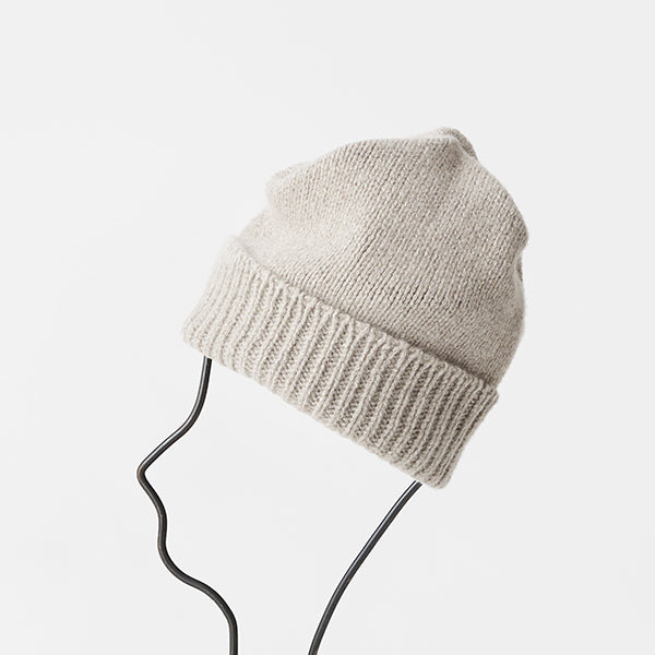 Cashmere Pleats Knit Cap in Black
