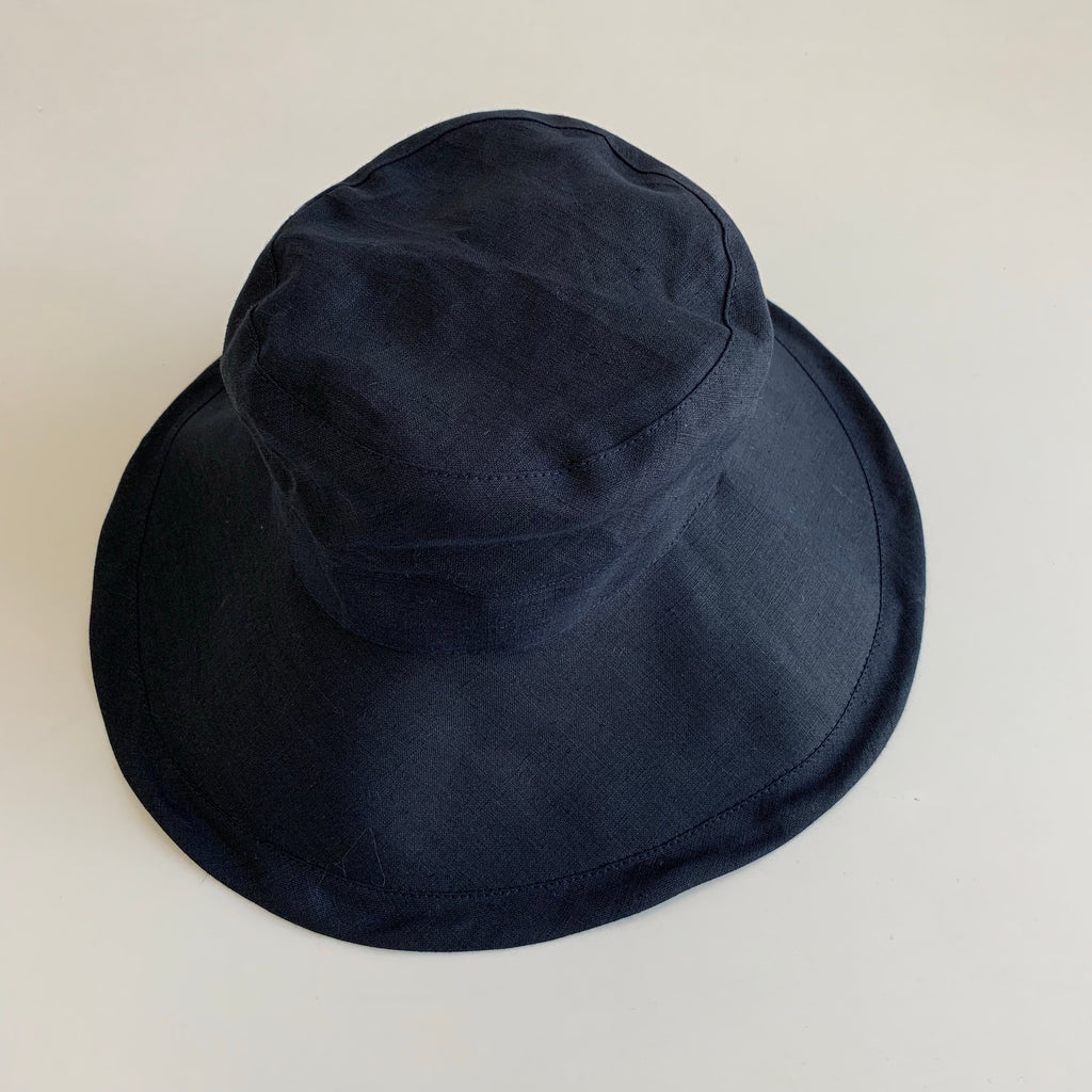 Loge Linen Hat in Nuit