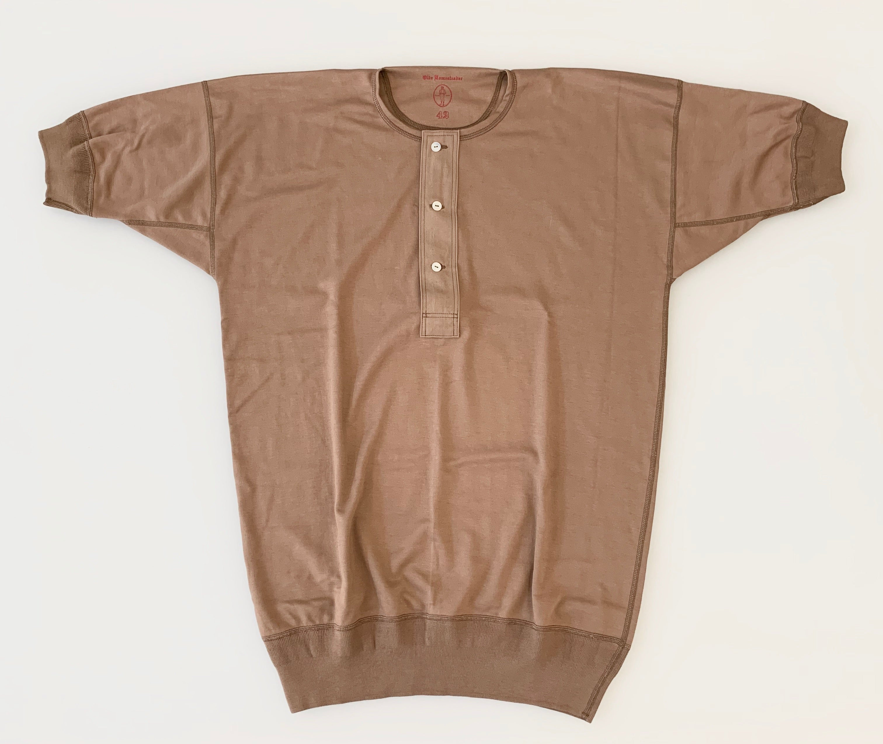 US002 Henley Neck Short Sleeve in Rustic Brown