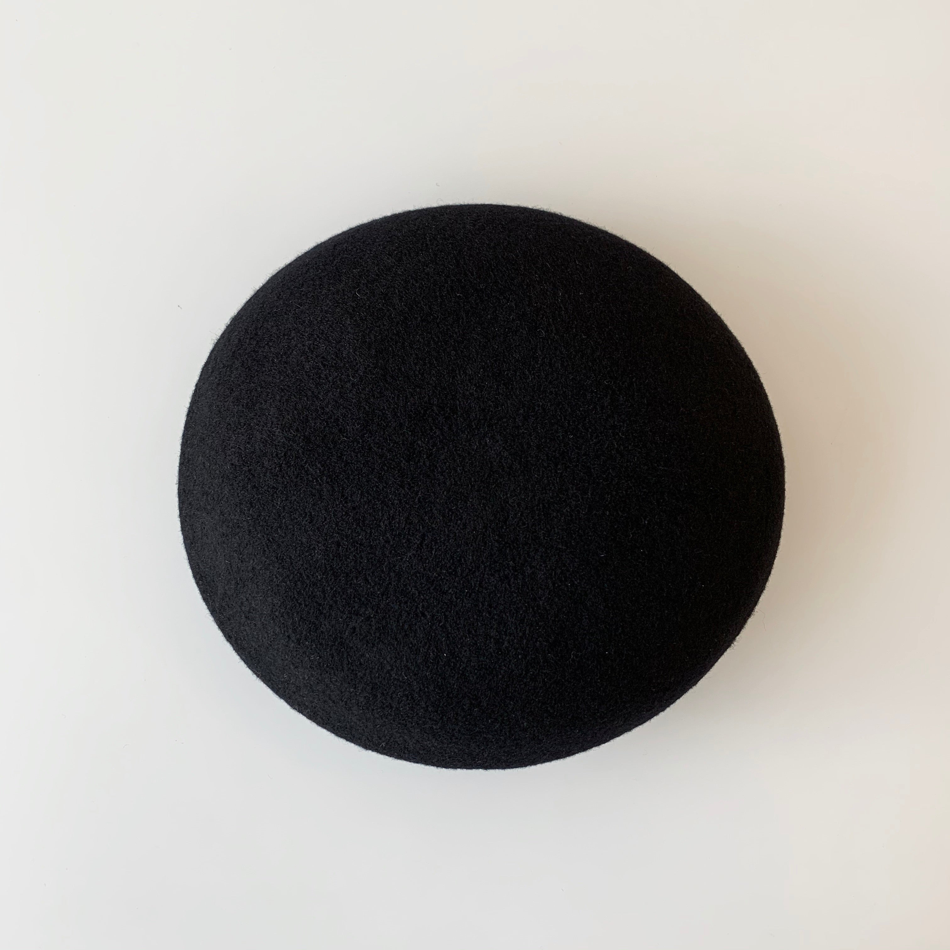 Basic Beret in Black Wool Melton