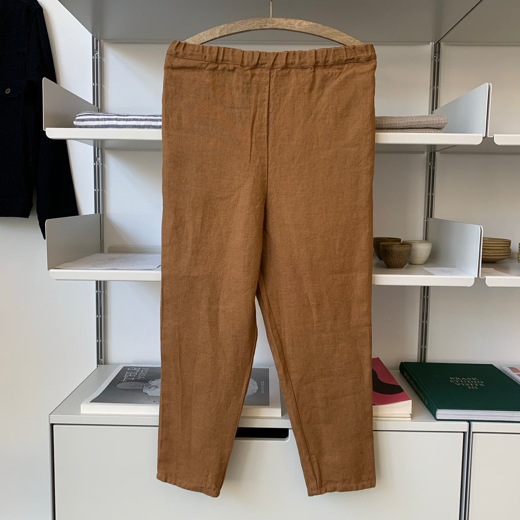 Tapered Pants in Ocre