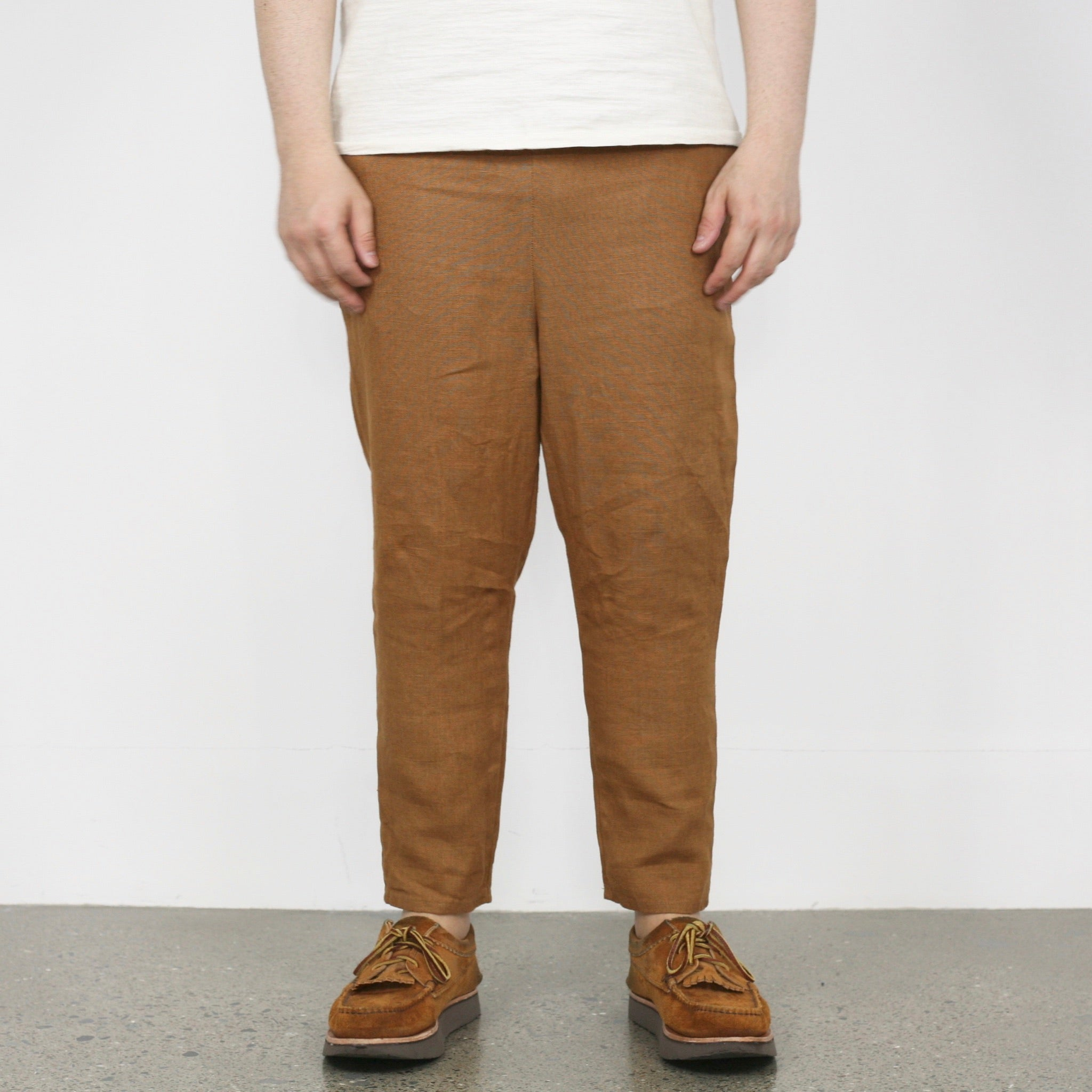 Linen Drop-Crotch Tapered Pants in Ocre