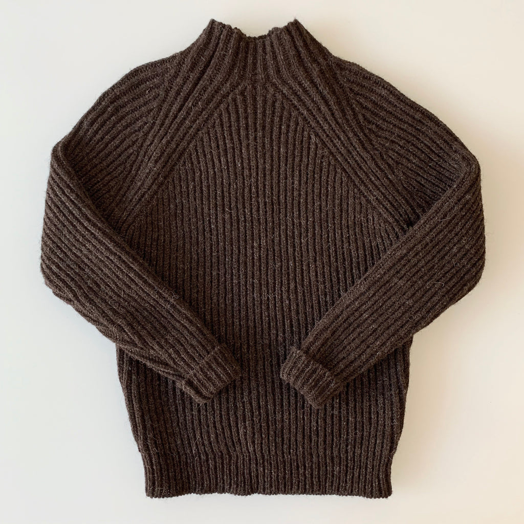 English Rib Wool Mock-Neck Sweater in Chocolate