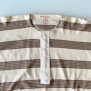 US001 Henley Neck Long Sleeve in Écru x Rustic Brown