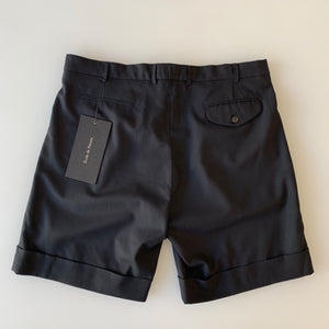 Tropical Wool Pleated Shorts in Deep Black