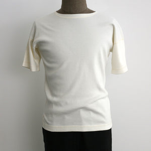 US007 Crew Neck Short Sleeve in Off White