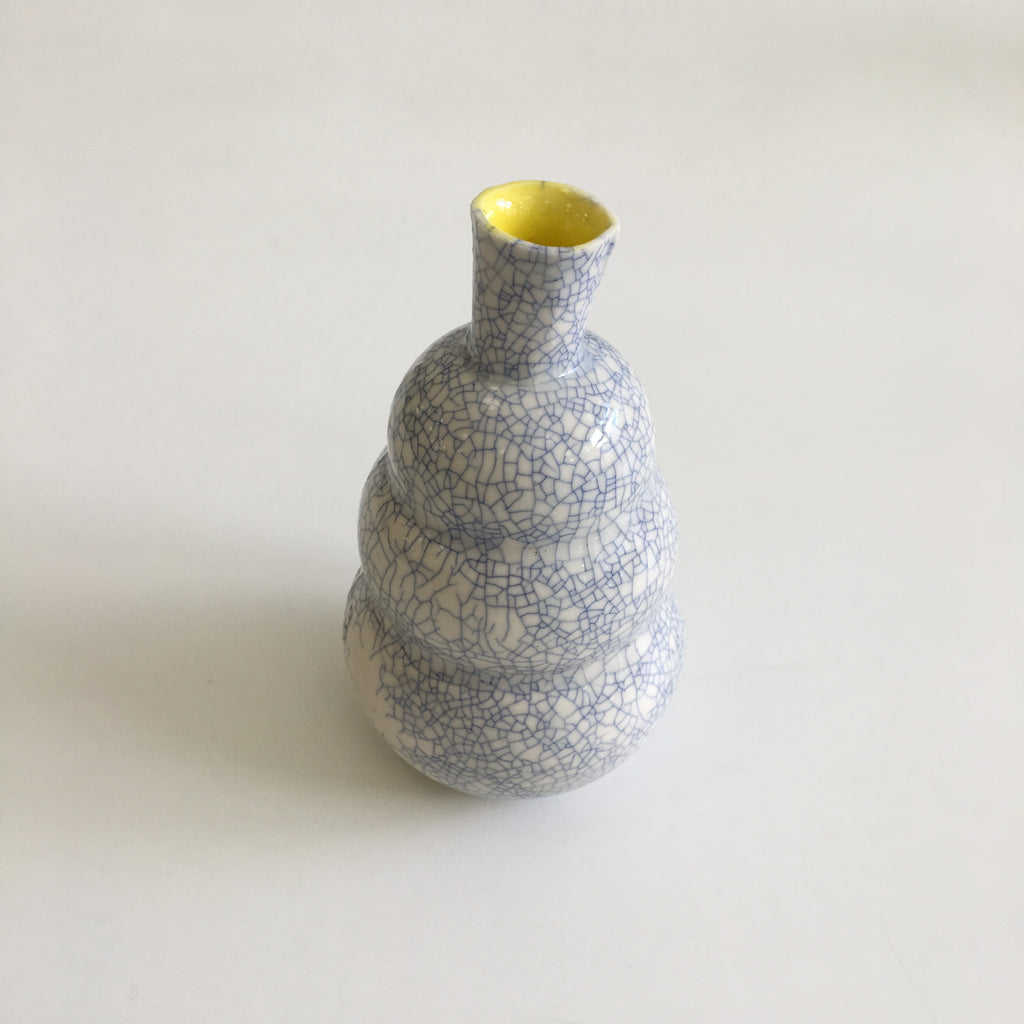 Vase in Crackle Blue