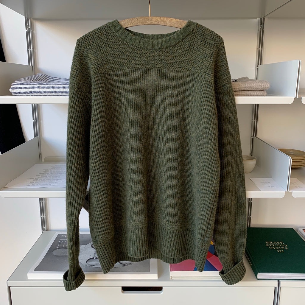 Merino Super Lamb Classic Military Crewneck Sweater in Ash Olive