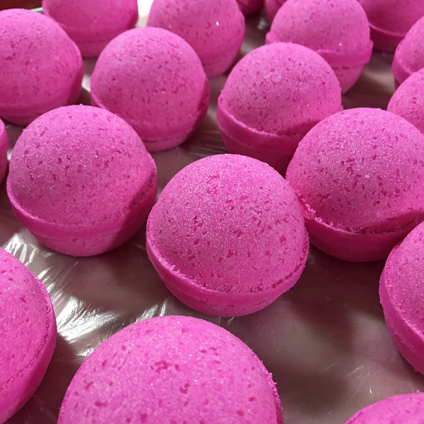 Glam Girl Bath Bomb - B Inspired Boutique