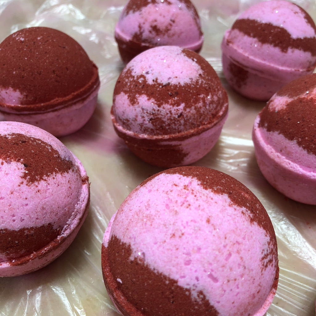 Winter Candy Apple Bath Bomb - B Inspired Boutique