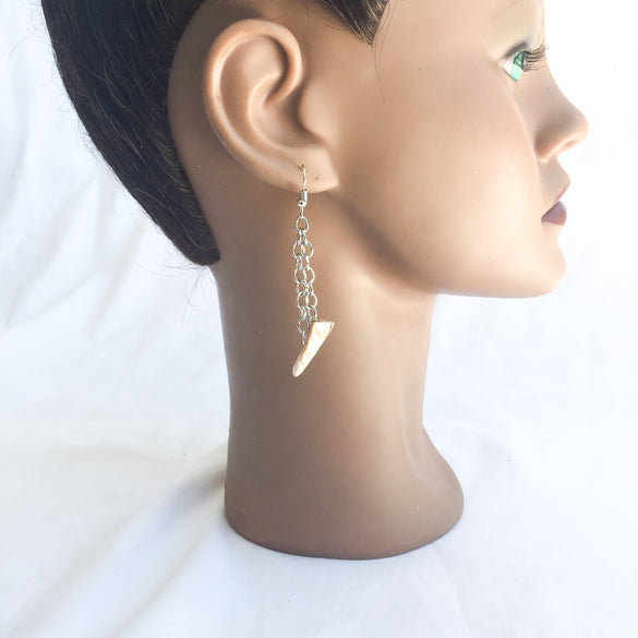 Akata Shell Earrings