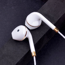 Load image into Gallery viewer, New In-Ear Wired Stereo Headphones - HammyPhoneStuff
