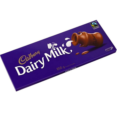 Cadbury Giant Dairy Milk Retro Bar 850g