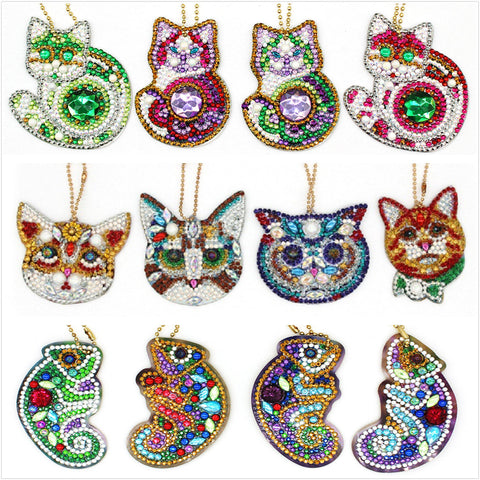 Full Drill 5D Diamond Painting (DIY)-Assorted Frisky Friends Ornament Keychain Diamond Art Painter