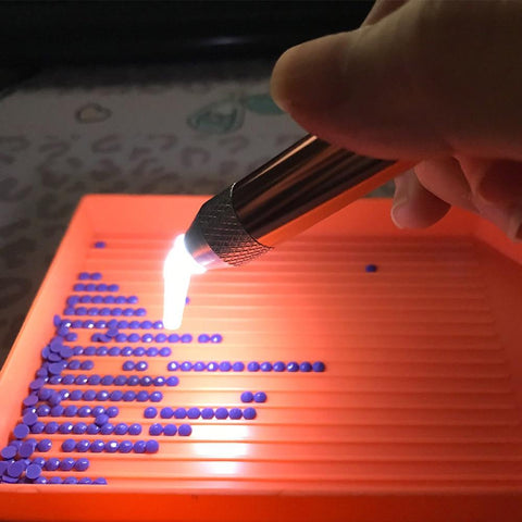 Image of 5 in 1  USB Rechargeable Lighted Diamond Painting Pen