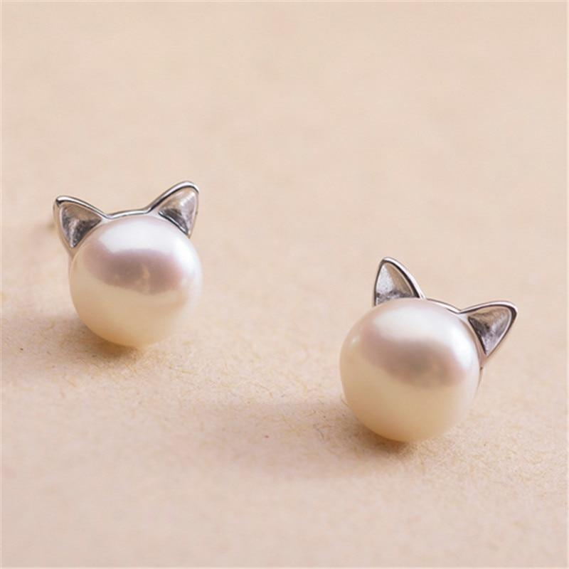 Round Cute Cat Pearl Earring