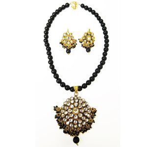 """Dawn"" Necklace and Earrings Set - Black"