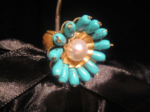 "Round ""Flower"" Ring - Turquoise"