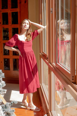 The Roxanne Midi dress - Red