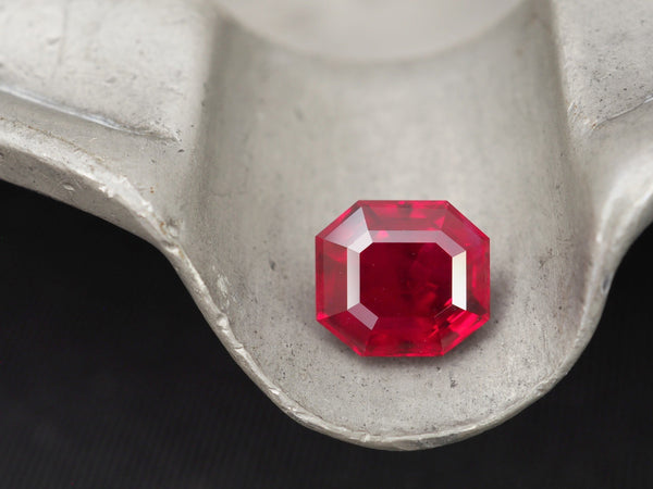 Burmese Rubies: What Makes Them the Supreme Red Stone?-Jogani