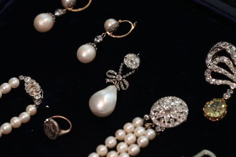 Marie Antoinette jewelry collection