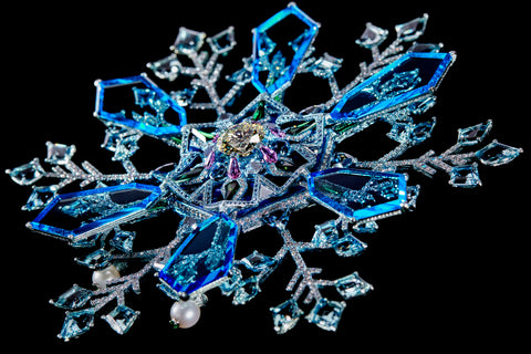 """The """"Snowflake"""" brooch by Wallace Chan."""