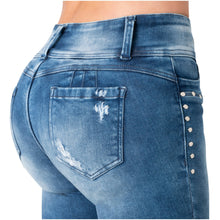 Load image into Gallery viewer, Quinn | Regular Waist Skinny Washed Shaping Jeans