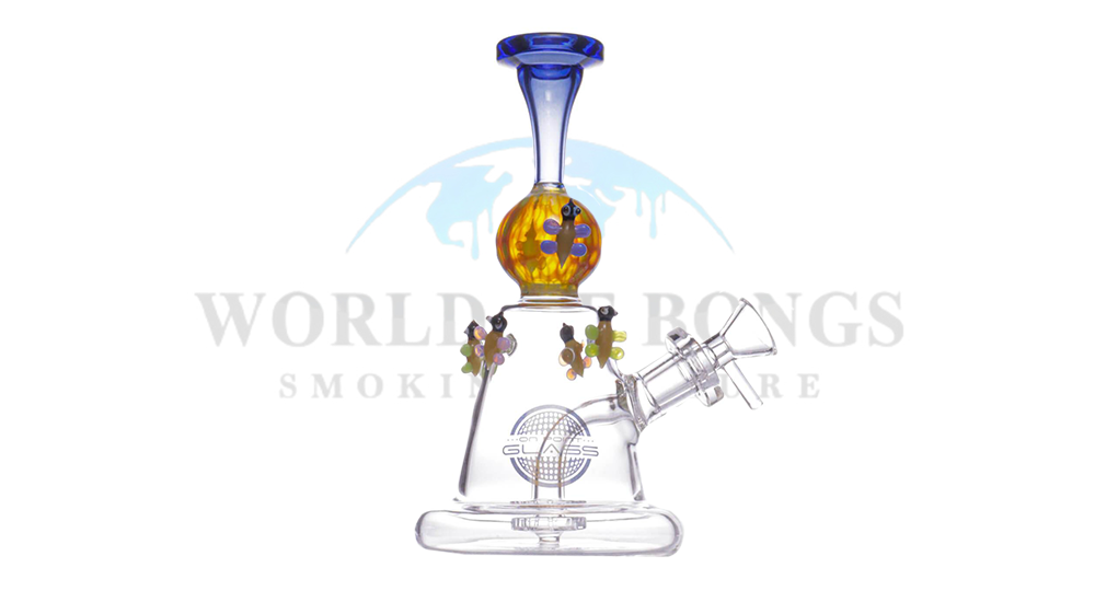 Flying Bugs Bong - On Point Glass
