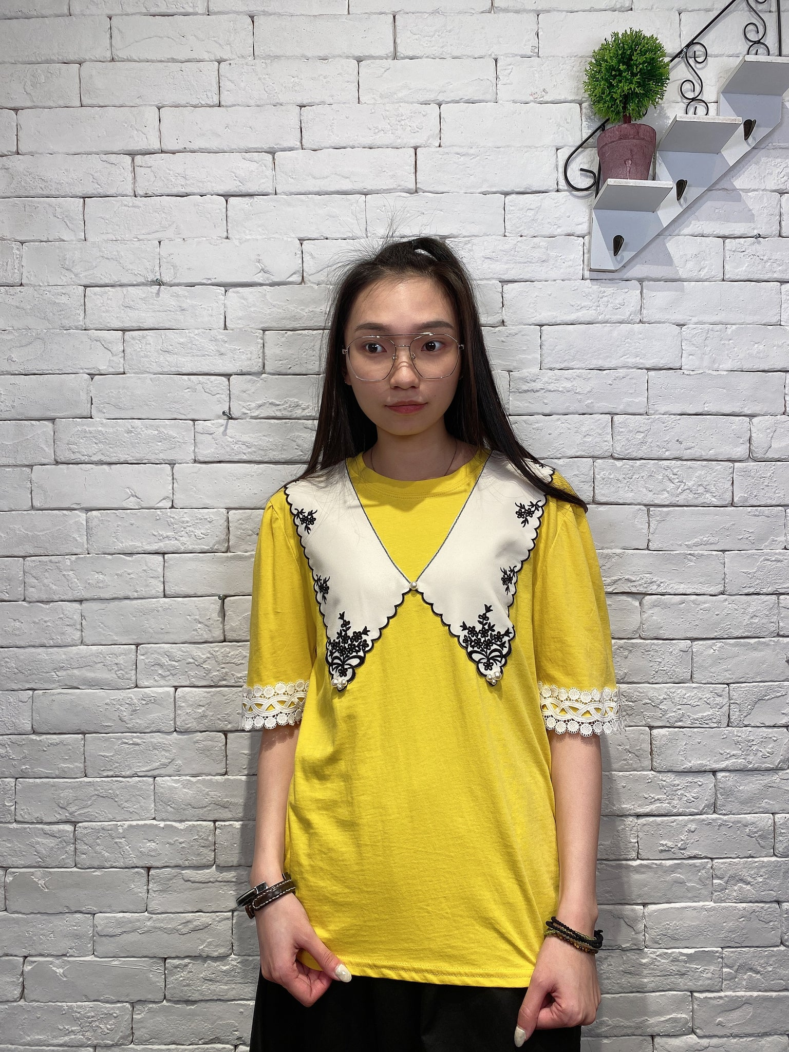2003031 JD embroidered lace top - YELLOW