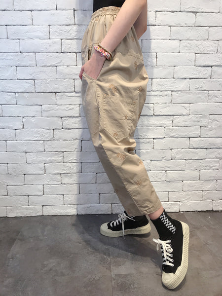 2008022 JP tree embroidery pants -BEIGE