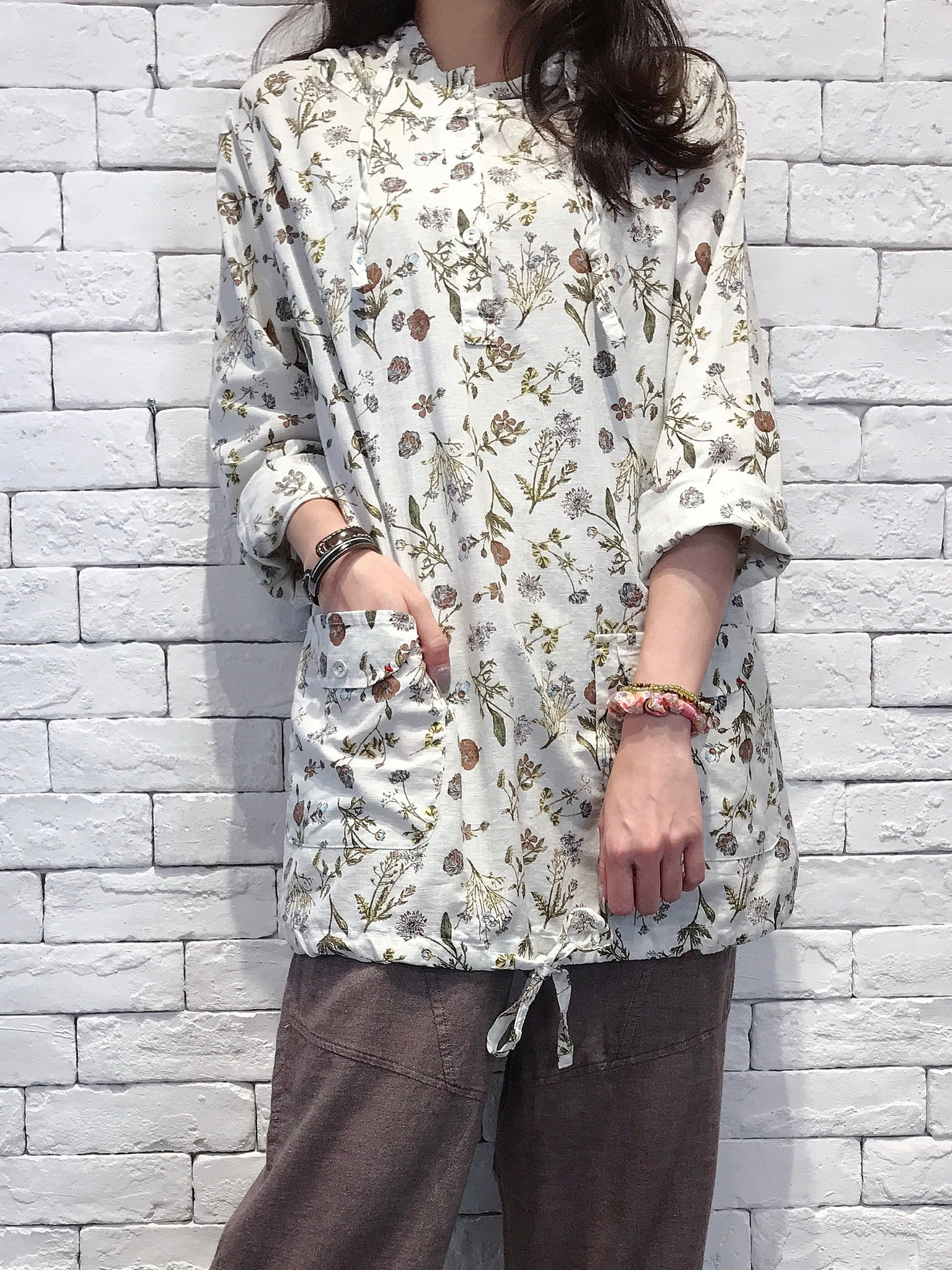 2009032 JP Floral Hooded Shirt