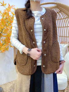 2011159 JF Ber Ber Fleece Corduroy Vest - BROWN