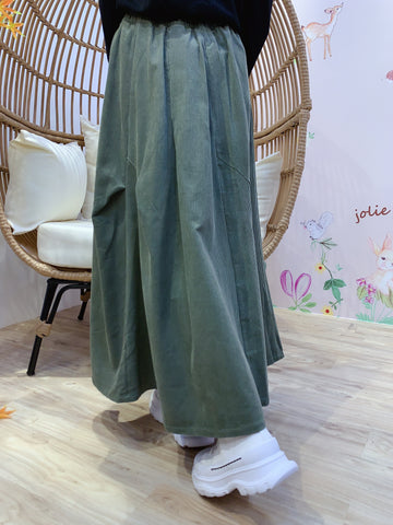 2011185 JP Corduroy Pocket Skirt - Green