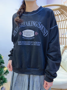 2012072 MO Blue Words Pullover - Black