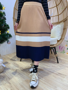 2012141 JF Pleated Border Knit Skirt - Beige
