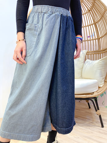 2101049 JP Two-tone Striped Wide Pants - Navy