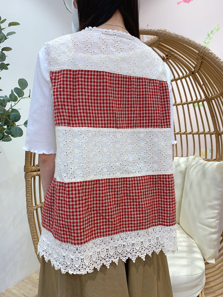 2103057 KR Crochet Checked Patchwork Vest - Red