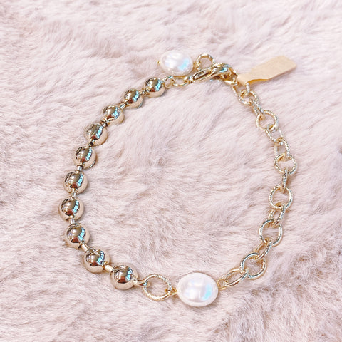 YBBL001  YB Pearls and Chain Bracelet