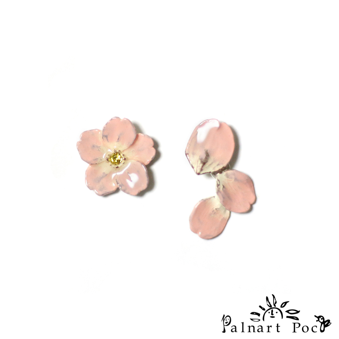 1001PA499 Palnart Poc - Floating Sakura Pierced Earrings